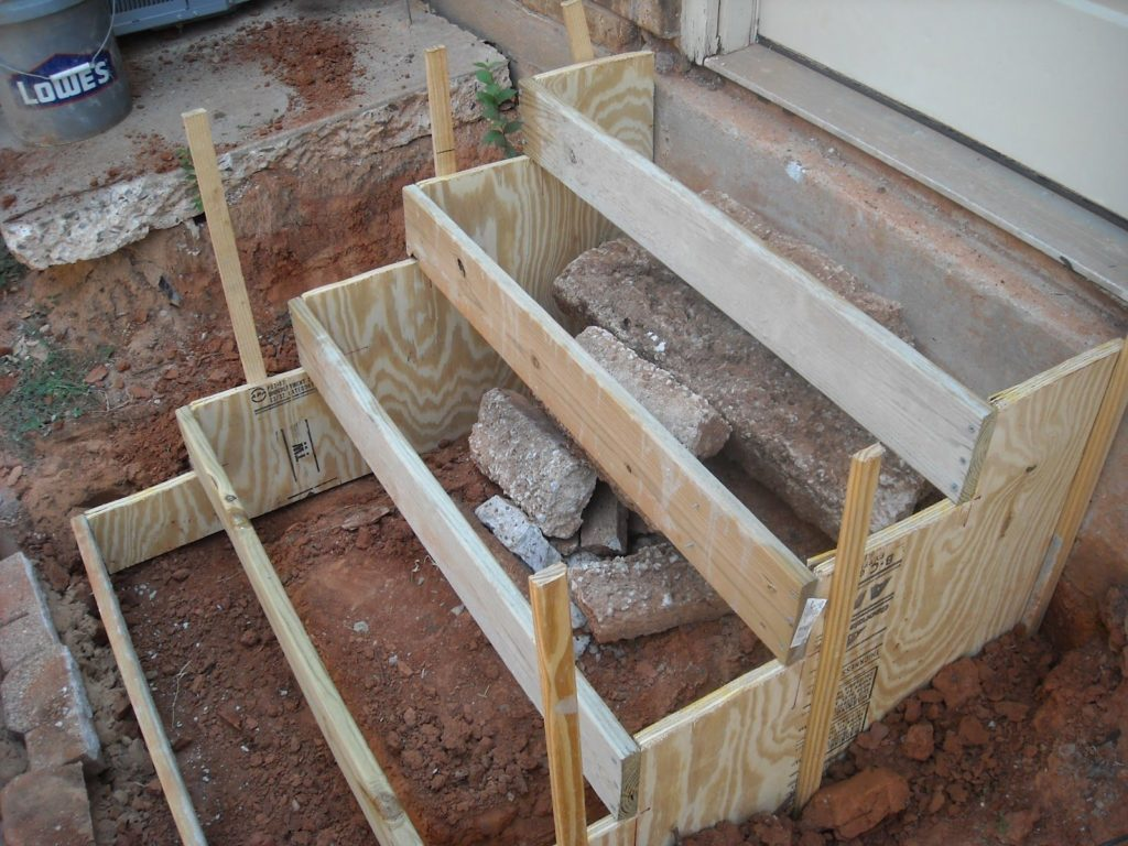Poured Concrete Steps